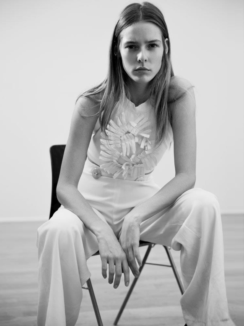 Karoline Teska Nude Photos 97